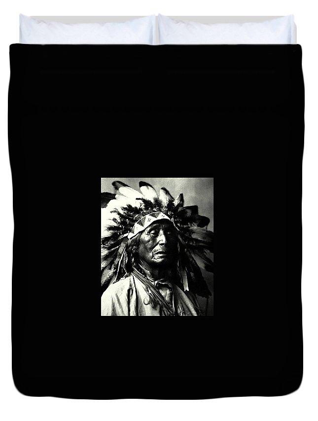 Indian Duvet Cover featuring the photograph Wanduta Lakota Sioux by Rasko Aksentijevic