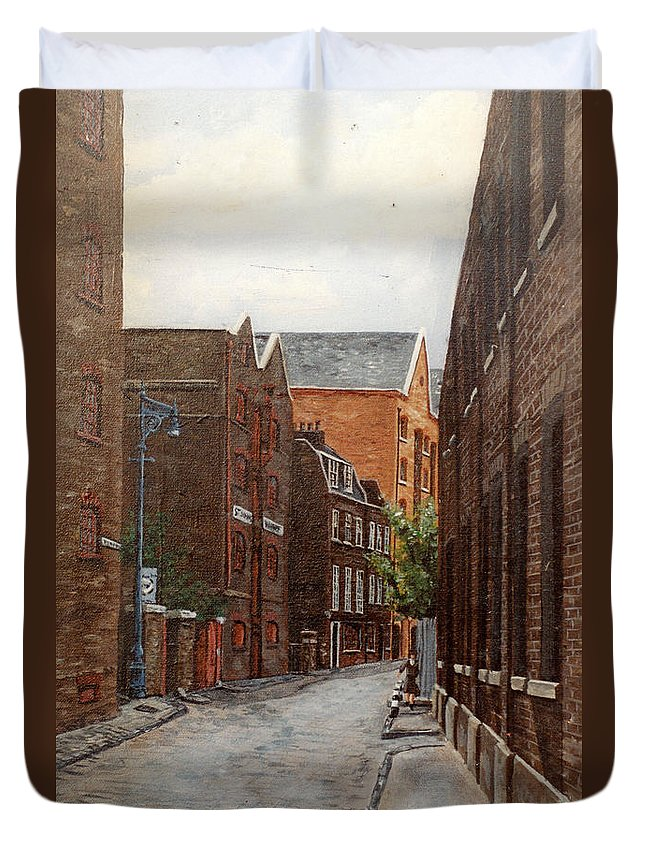 Wapping Duvet Cover featuring the painting Wapping High Street East London by Mackenzie Moulton