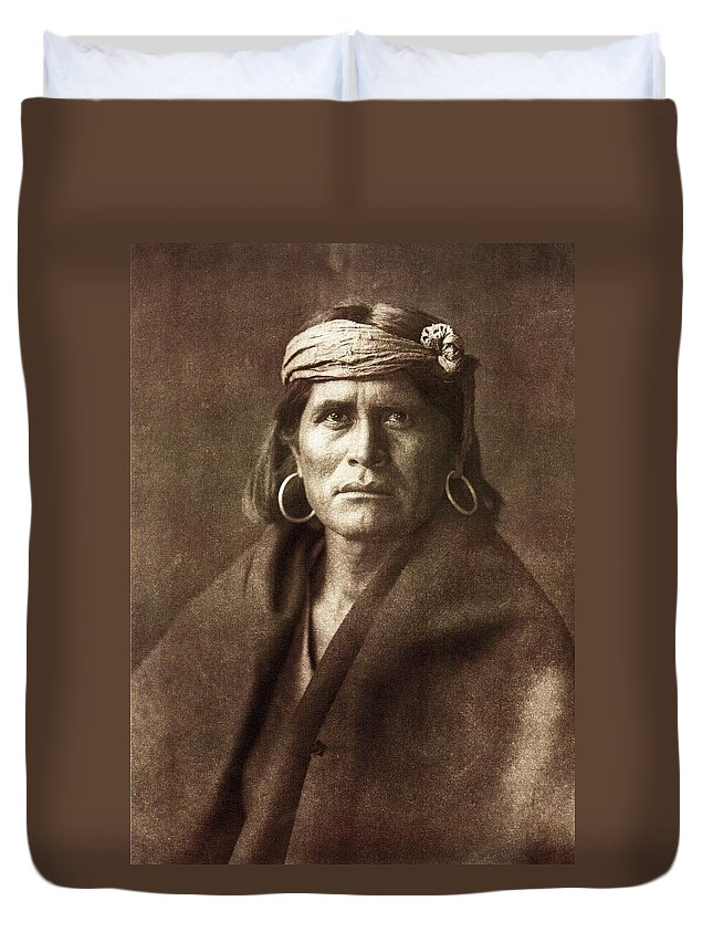 Warze Duvet Cover featuring the digital art Warze by Edward Curtis