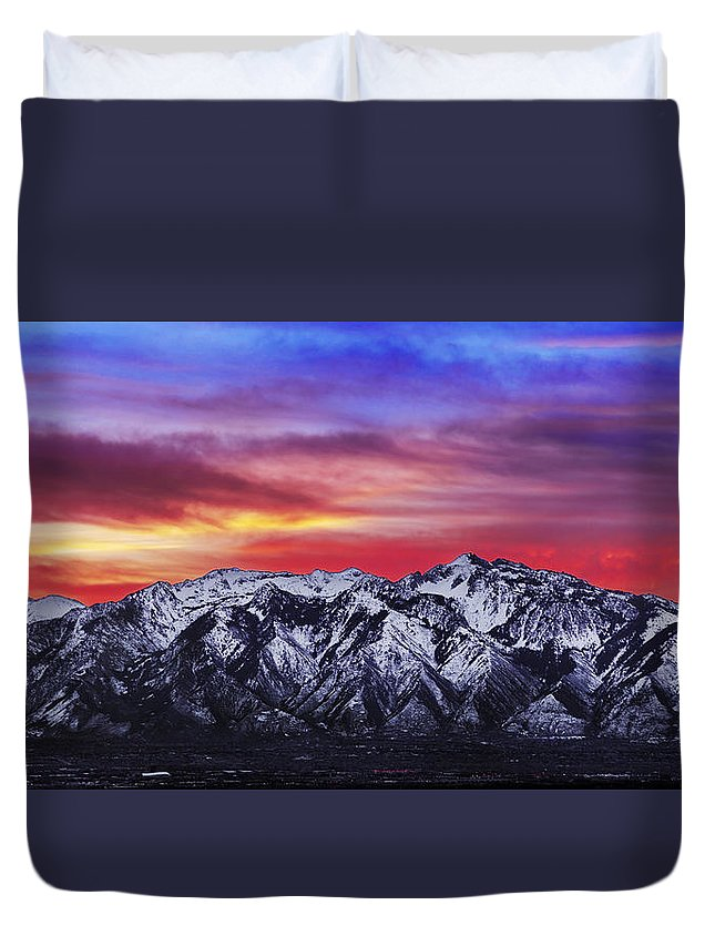 Sky Duvet Cover featuring the photograph Wasatch Sunrise 2x1 by Chad Dutson