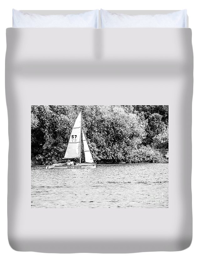 Sailing Duvet Cover featuring the photograph Wascana-61 by David Fabian