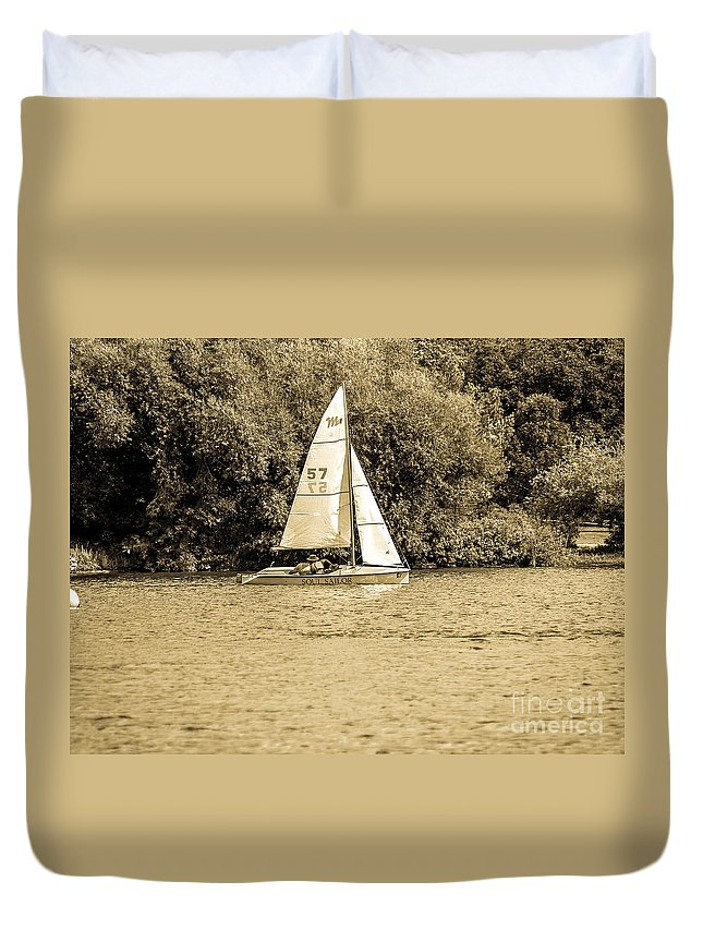 Digital Colour Duvet Cover featuring the photograph Wascana-63 by David Fabian