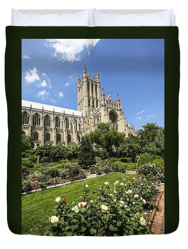 Washington Dc Duvet Cover featuring the photograph Washington Cathedral 3 by Eric Swan