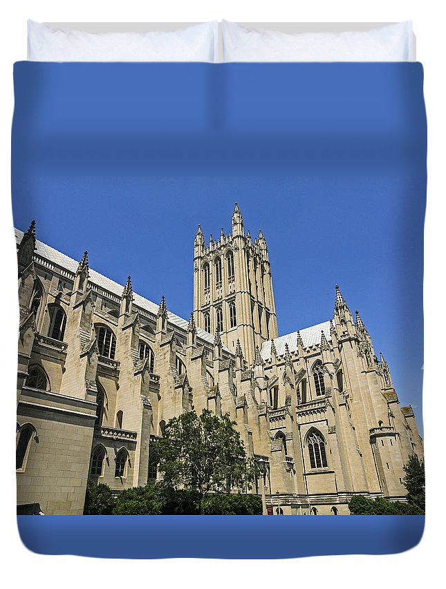 Washington Dc Duvet Cover featuring the photograph Washington Cathedral by Eric Swan