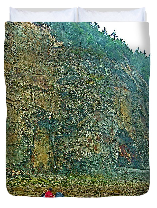 Watching Climbers From Ocean Floor At Cape Enrage On Bay Of Fundy Duvet Cover featuring the photograph Watching Climbers From Ocean Floor At Cape Enrage-nb by Ruth Hager
