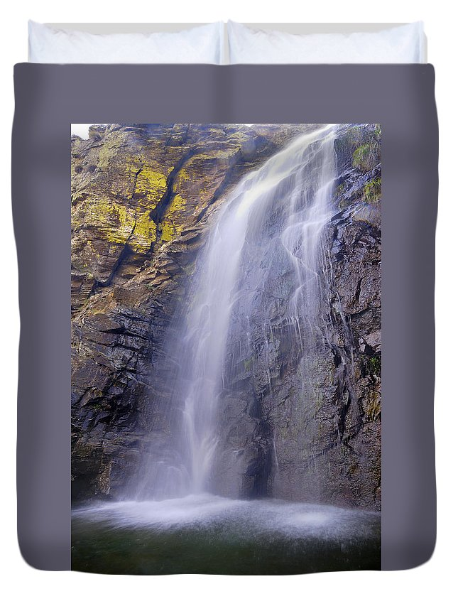 Water Duvet Cover featuring the photograph Watefall At The Mountains by Guido Montanes Castillo