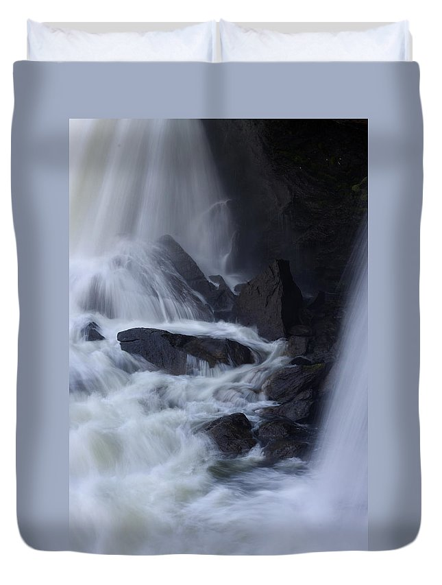 Alvinge Duvet Cover featuring the photograph Waterfall Motion by Dreamland Media