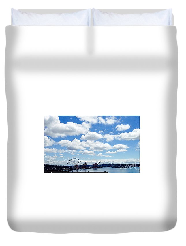 Seattle Duvet Cover featuring the photograph Waterfront by LeLa Becker