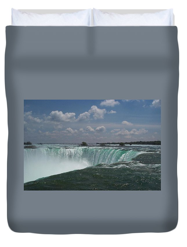 Horseshoe Falls Duvet Cover featuring the photograph Water's Edge by Barbara McDevitt