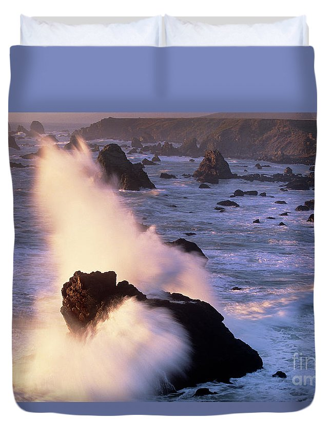 California Duvet Cover featuring the photograph Wave Crashing On Sea Mount California Coast by Dave Welling