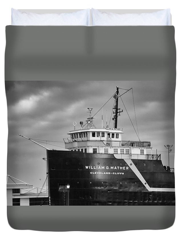 Boats Duvet Cover featuring the photograph Way Up Front by Guy Whiteley