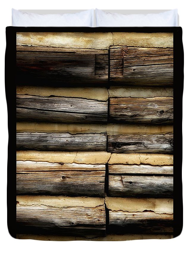 Newel Hunter Duvet Cover featuring the photograph Weathered And Worn by Newel Hunter