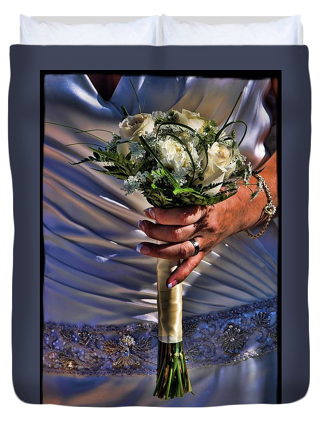 Hdr Duvet Cover featuring the photograph Wedding Flowers by Jes Fritze