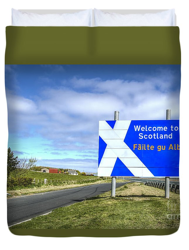 Scotland Duvet Cover featuring the photograph Welcome To Scotland by Evelina Kremsdorf