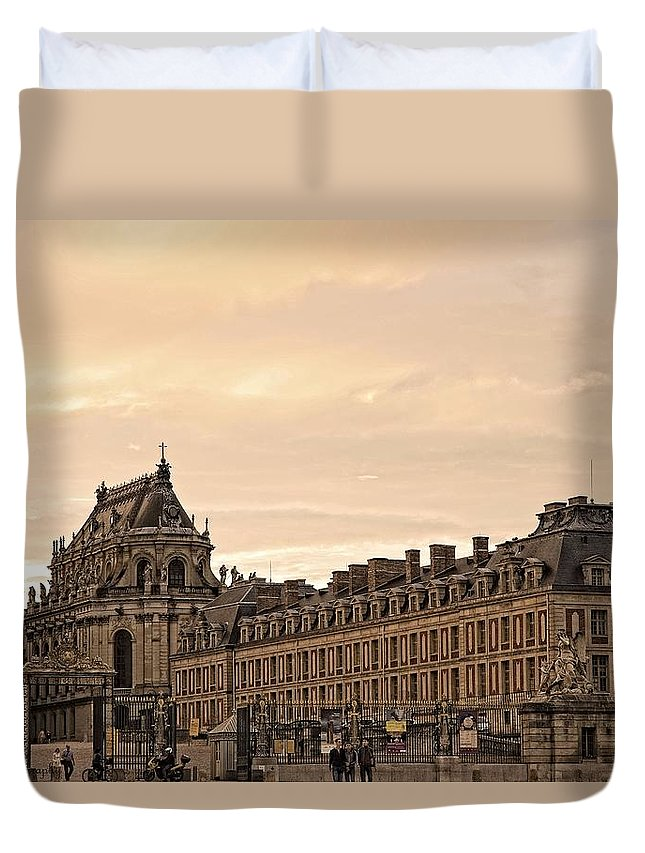 Versailles Duvet Cover featuring the photograph Welcome To The World's Largest Palace by Hany J