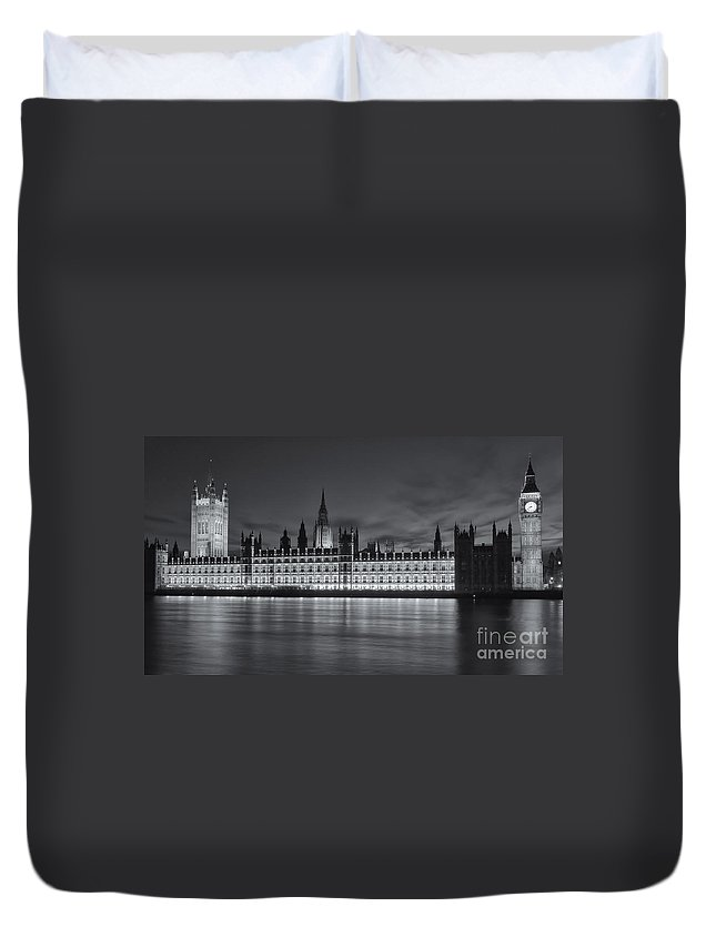 Clarence Holmes Duvet Cover featuring the photograph Westminster Twilight Iv by Clarence Holmes