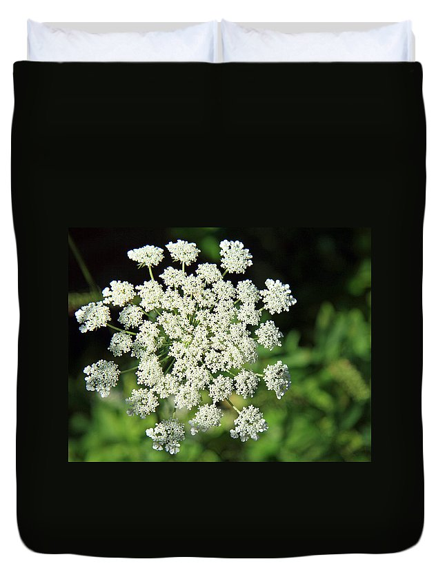 Flower Duvet Cover featuring the photograph What's My Name? by Cora Wandel