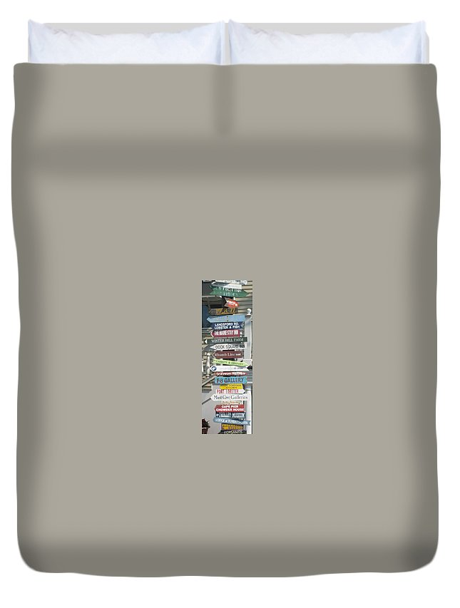 Americana Duvet Cover featuring the photograph Which Way by Melissa McCrann