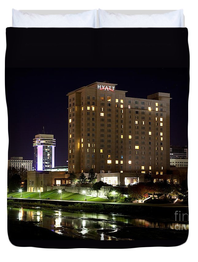 Arkansas River Duvet Cover featuring the photograph Wichita Hyatt Along The Arkansas River by Bill Cobb