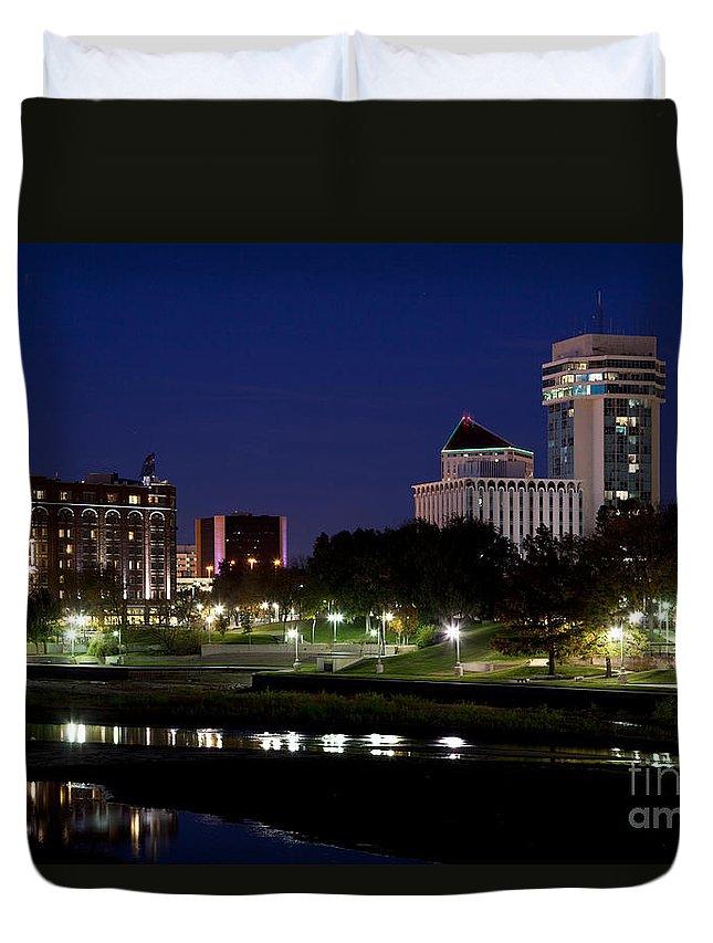 Arkansas River Duvet Cover featuring the photograph Wichita Skyline At Dusk by Bill Cobb