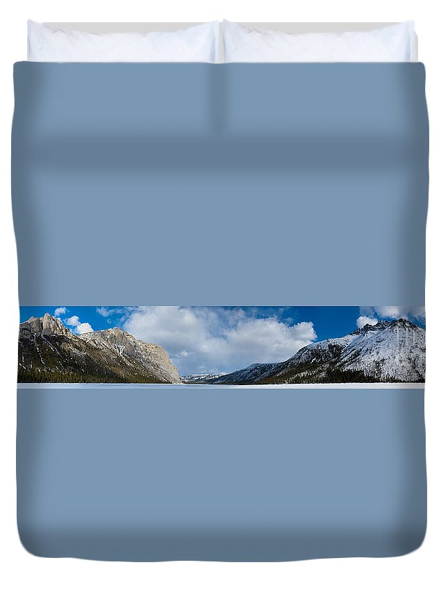 Yukon Territory Duvet Cover featuring the photograph Wildernis Landscape Panorama In Yukon Territory by Stephan Pietzko