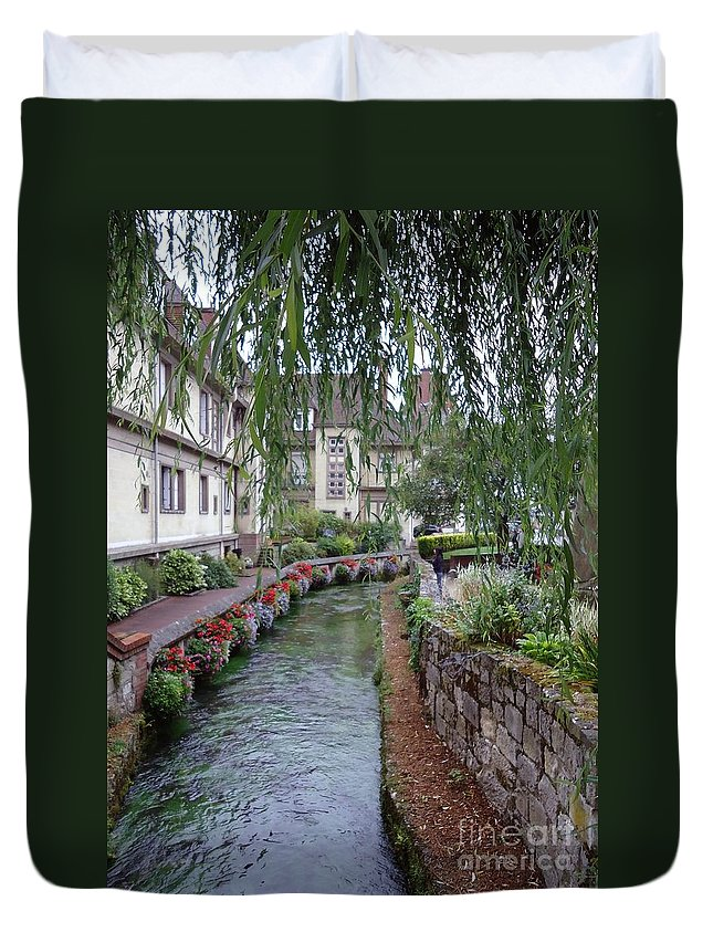 Willow Duvet Cover featuring the photograph Willows Over The River by Barbie Corbett-Newmin