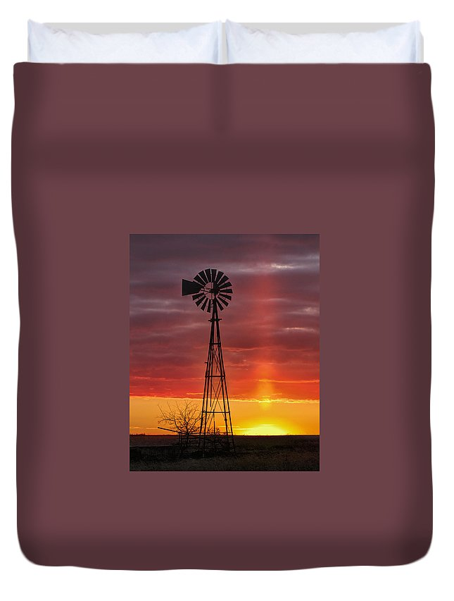 Kansas Duvet Cover featuring the photograph Windmill And Light Pillar by Rob Graham