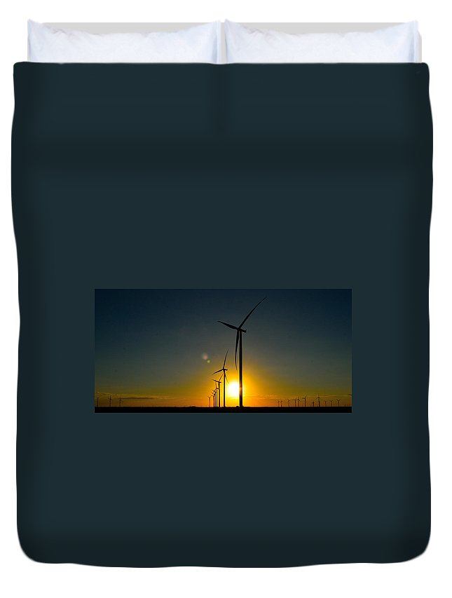 Windmills Duvet Cover featuring the photograph Windmill Sunset by Shannon Harrington