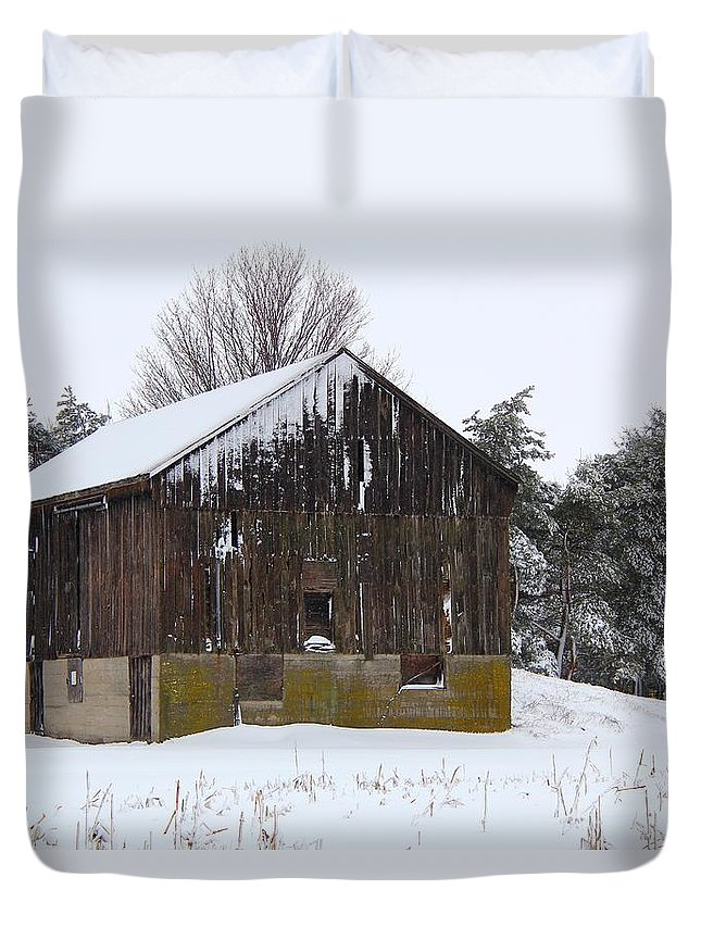 Barn Duvet Cover featuring the photograph Winter At The Barn by Davandra Cribbie
