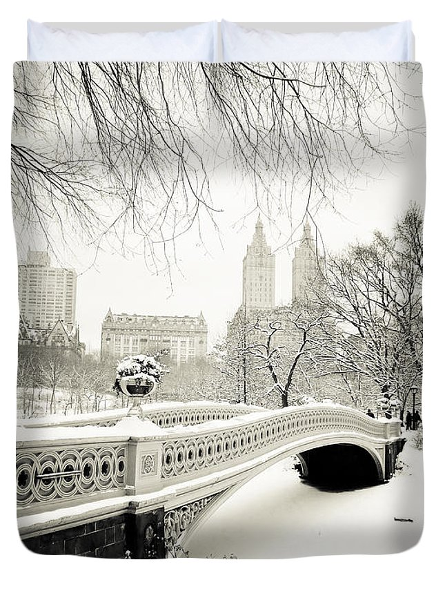 New York City Duvet Cover featuring the photograph Winter's Touch - Bow Bridge - Central Park - New York City by Vivienne Gucwa