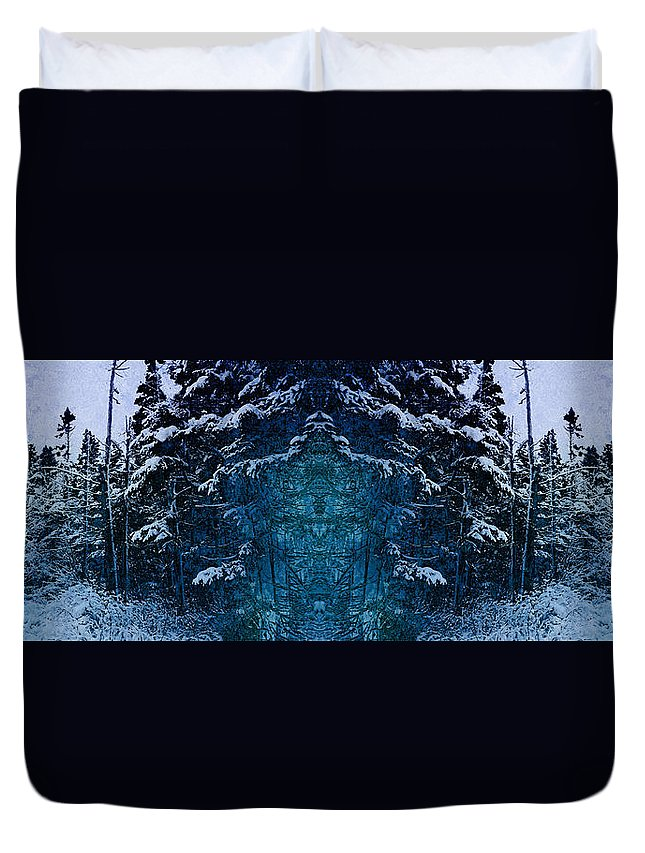 Tree Duvet Cover featuring the photograph Winterscape 2 by WB Johnston