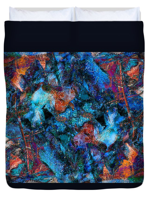 Abstract Duvet Cover featuring the photograph Wishbones And Wire by Stephanie Grant