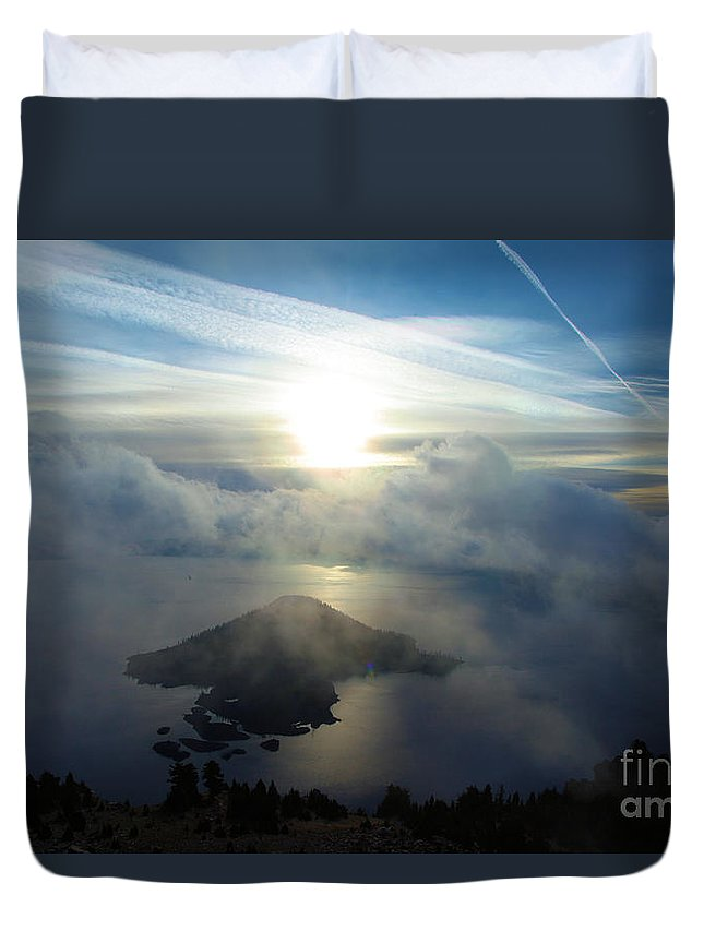 Crater Lake National Park Duvet Cover featuring the photograph Wizard Sunburst by Adam Jewell