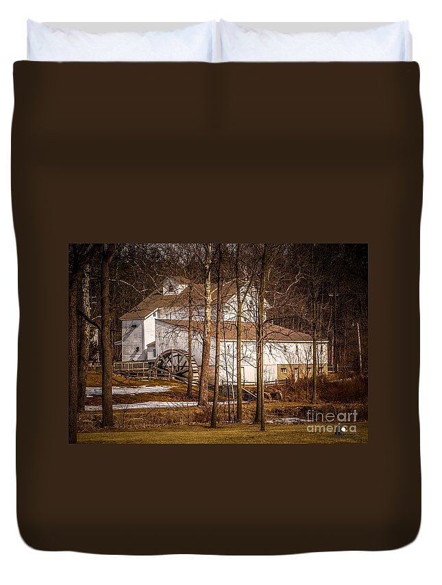 Wolcott Mill Duvet Cover featuring the photograph Wolcott Mill by Grace Grogan