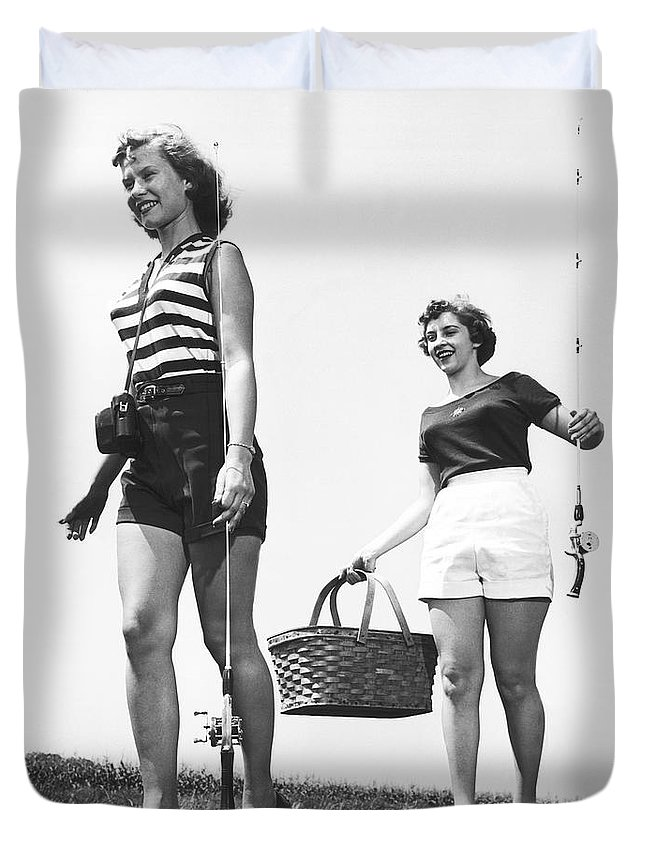 1950s Duvet Cover featuring the photograph Women Going Fishing by Underwood Archives