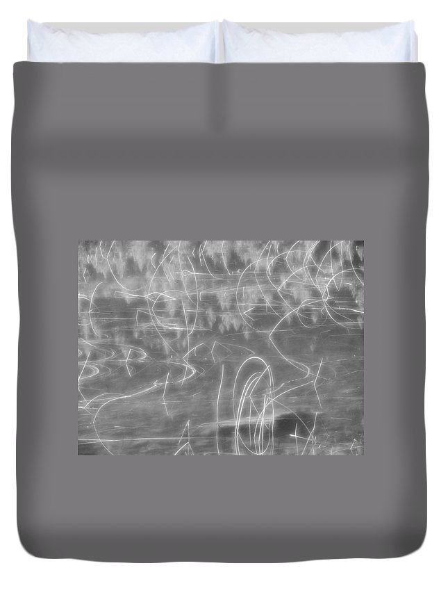 Reflection Duvet Cover featuring the photograph Wonder by Cheryl Hoyle