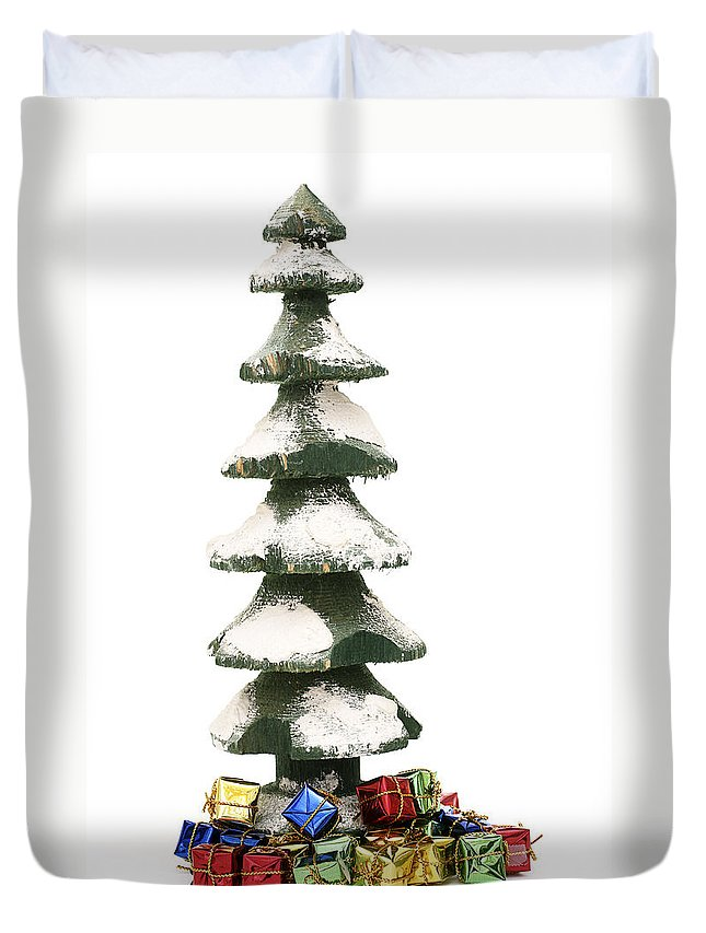 Christmas Tree Duvet Cover featuring the photograph Wooden Christmas Tree With Gifts by Donald Erickson