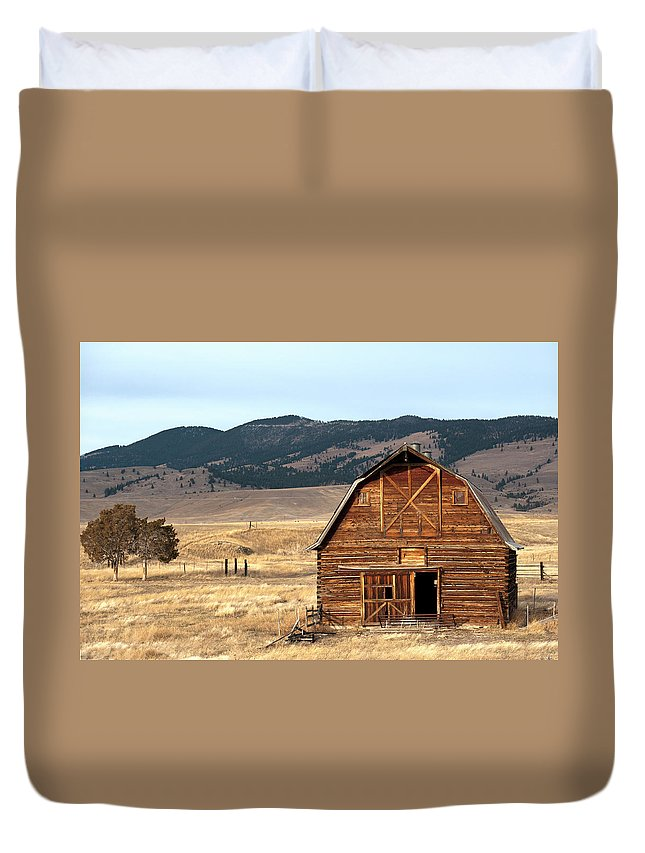 Scenics Duvet Cover featuring the photograph Wooden Hut In The Countryside Of by Feifei Cui-paoluzzo