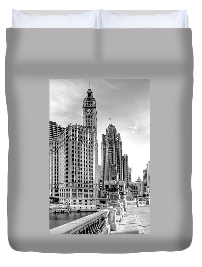 Architecture Duvet Cover featuring the photograph Wrigley And Tribune by Scott Norris
