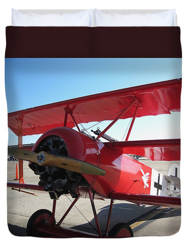 Military Art Craft Duvet Cover featuring the photograph Wwi German Fighter by Michael Genova