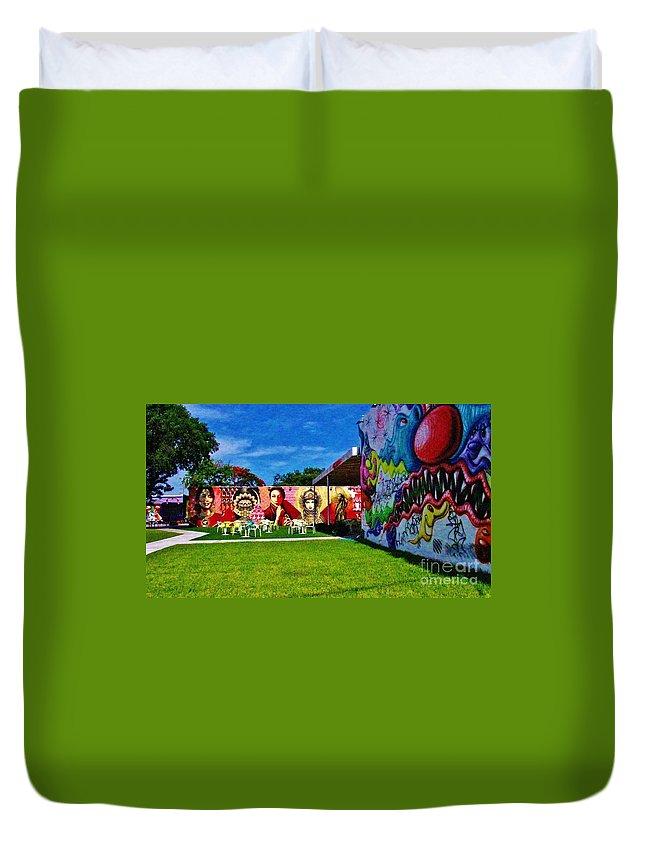 Miami Duvet Cover featuring the photograph Wynwood Lawn by Keri West