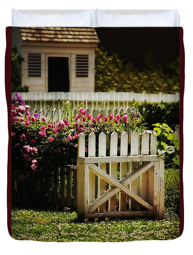 Gate Duvet Cover featuring the photograph Yard by Margie Hurwich