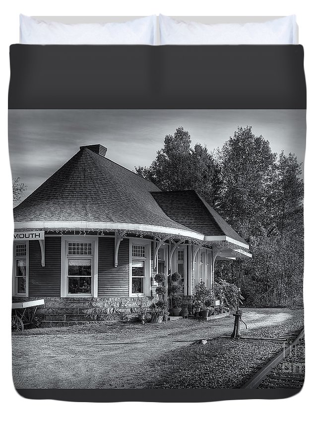Clarence Holmes Duvet Cover featuring the photograph Yarmouth Grand Trunk Railroad Station II by Clarence Holmes