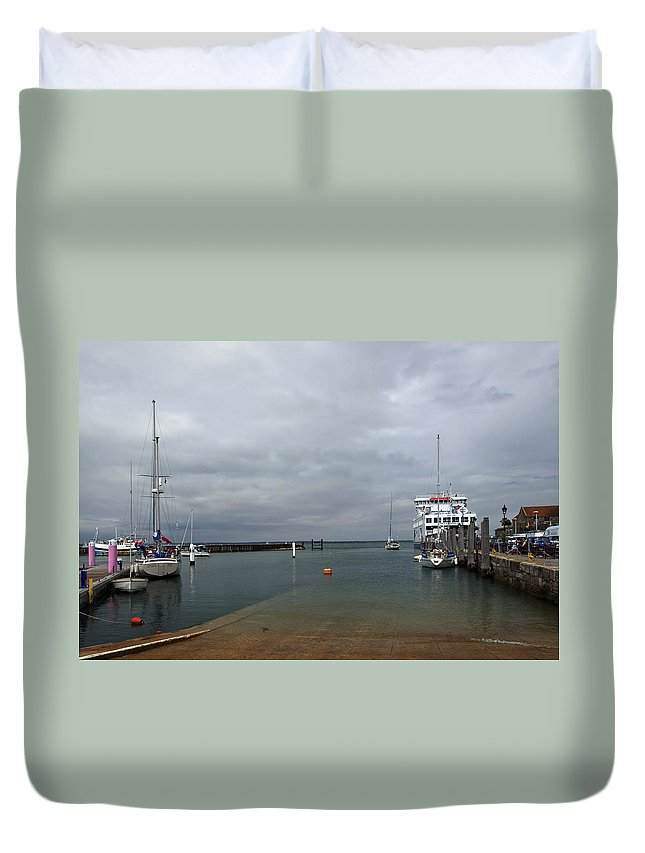 Britain Duvet Cover featuring the photograph Yarmouth Harbour From The Slipway by Rod Johnson