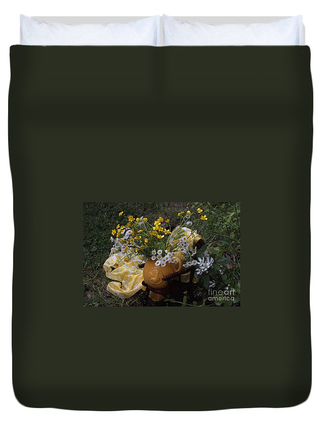 Yellow Flower Duvet Cover featuring the photograph Yellow And White Flowers by Luv Photography