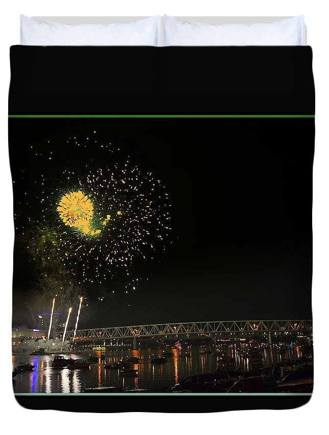 Fireworks Duvet Cover featuring the photograph Yellow Burst Over Cincinnati by Kathy Barney
