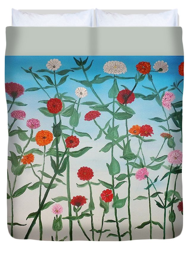 Flower Duvet Cover featuring the painting Zinnias by Wayne Cantrell