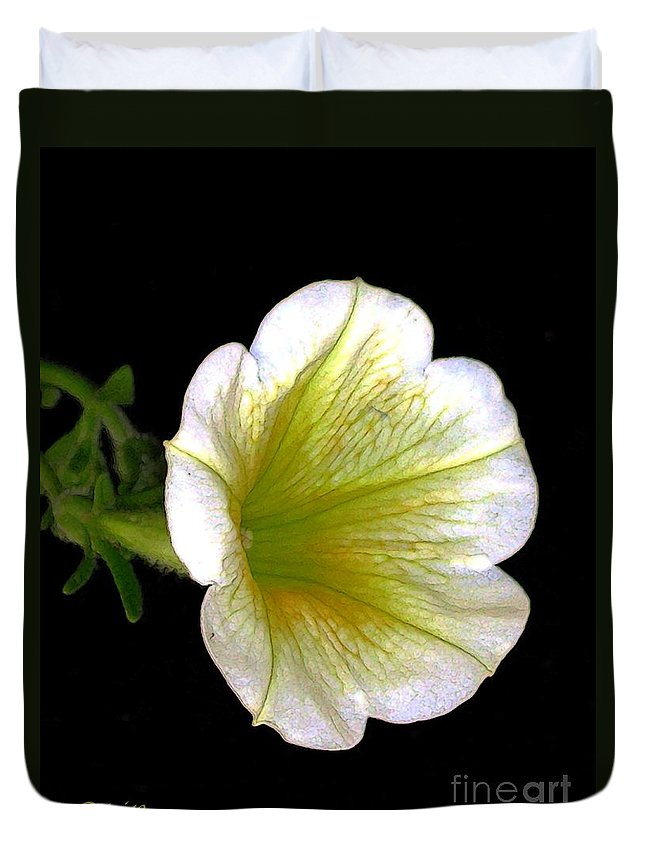 Flowers Duvet Cover featuring the digital art Petunia by Dale  Ford