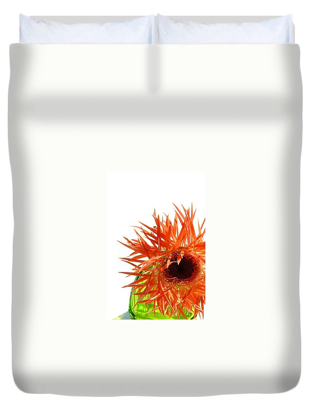 Gerbera Photographs Duvet Cover featuring the photograph 0690c-020 by Kimberlie Gerner