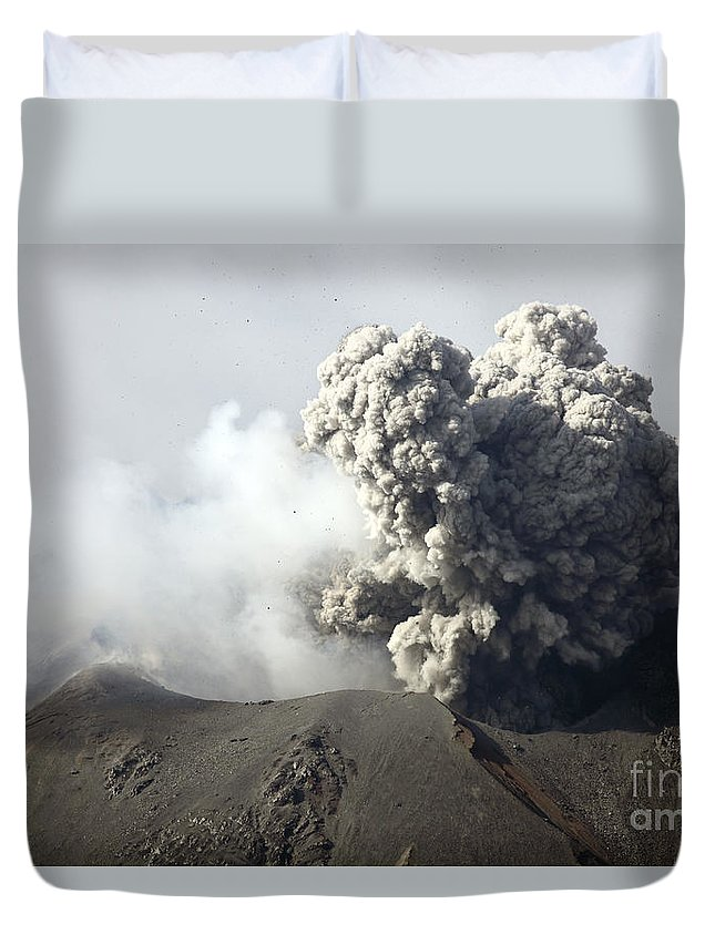Horizontal Duvet Cover featuring the photograph Ash Cloud Following Explosive Vulcanian by Richard Roscoe